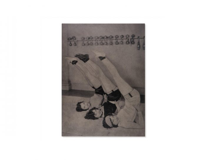 Tranh Vintage Athletes - Stretching